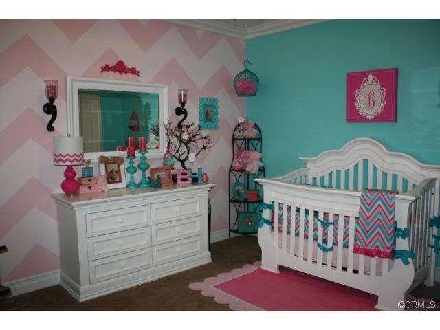 darling idea for baby girl's room, loving the color scheme (bad link)