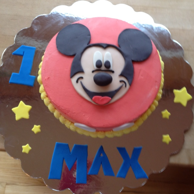 Mickey Mouse Smash Cakes Buttercream: 237 Best Images About Mickey Mouse On Pinterest