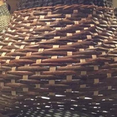 A basket is born. #twill#basket #kurvmakerskolen #skovstuenpil #siljalevin#larslevin#kurvmaker#basketmaker