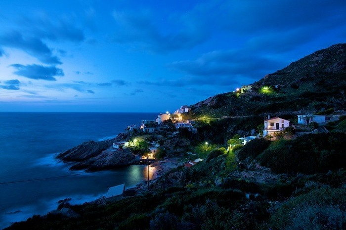 Ikaria, Greece - Dusk view of the north shore in ikaria (photo: Gian Luca Calla)