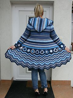 New version of my original design of crochet cardi in Missoni style with plenty of interesting details – lot of colours in stripes, X line, various simple crochet patterns, zig-zag pattern, crochet granny sqaures and hoodie in cold nordic colourway.