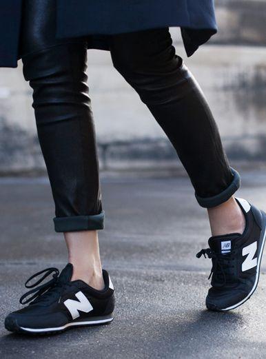 Una de las mejores expresiones del sport-chic son los sneakers New Balance. ¡Atrévete a usarlos! http://www.linio.com.mx/moda/calzado-para-dama/?utm_source=pinterest&utm_medium=socialmedia&utm_campaign=MEX_pinterest___fashion_newbalance_20140513_22&wt_sm=mx.socialmedia.pinterest.MEX_timeline_____fashion_20140513newbalance22.-.fashion