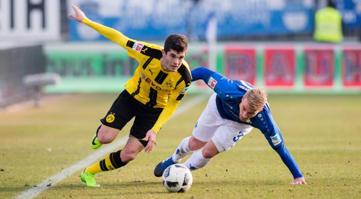 From growing up in Hershey, Pennsylvania to playing in the Champions League in the Westfalenstadion, Vice Sports shows us that footy has always been a main part of Christian Pulisic's life.