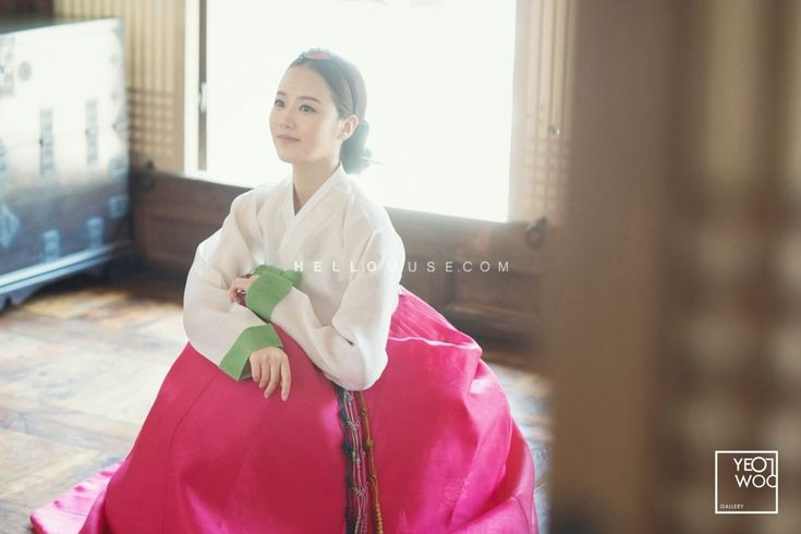 Korean traditional clothes, hanbok wedding photo, Korea pre wedding hanbok, Korea concept pre wedding photo shoot, Korea pre wedding package