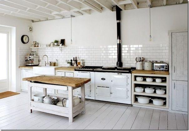 case e interni: 10 cucine bianche un po' shabby: