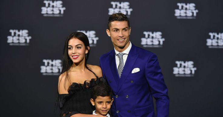 The Best FIFA Football Awards 2016 LIVE Cristiano Ronaldo and Lionel Messi compete for inaugural trophy - Mirror.co.uk