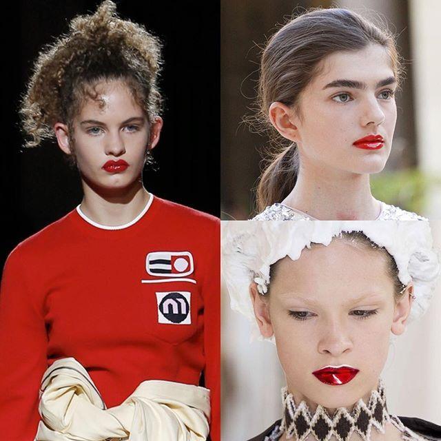 Red glossy lips take the runway at #ParisHauteCoutureWeek./ Глянцевая жизнь: блестящие ярко-алые губы как на последних показах #MiuMiu #GiambattistaValli и #MaisonMargiela в Париже - бьюти-тренд этой осени. Блески для губ самых модных оттенков и помады с эффектом сияния вы найдёте уже сейчас - в июльском Vogue.  via VOGUE RUSSIA MAGAZINE OFFICIAL INSTAGRAM - Fashion Campaigns  Haute Couture  Advertising  Editorial Photography  Magazine Cover Designs  Supermodels  Runway Models