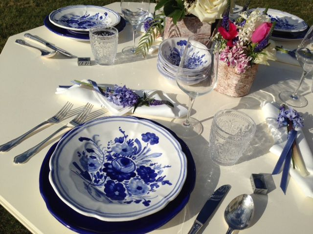 mise en place flower blue