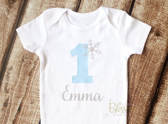 First Birthday Outfit, First Birthday Onesie, Winter Onederland, 1st Birthday,  Frozen Birthday, Winter, Snowflake, 2nd Birthday