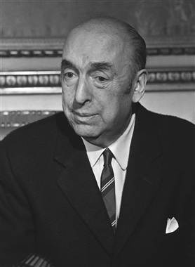 The body of Chilean Nobel laureate Pablo Neruda, dead nearly four decades, was exhumed on Monday after his former driver said the poet was poisoned under Augusto Pinochet's dictatorship. (via Reuters)