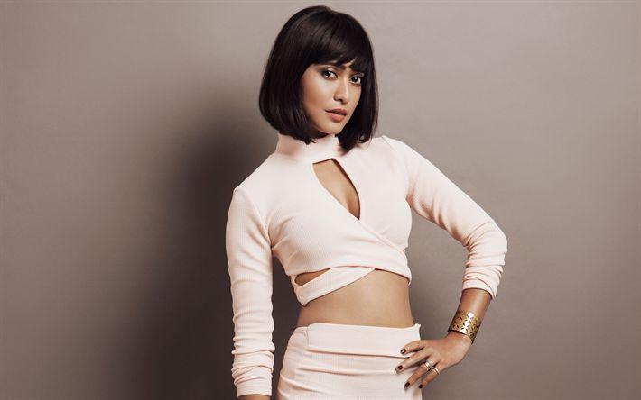 Descargar fondos de pantalla Sayani Gupta, 4k, la actriz India, Bollywood, de color beige hermoso vestido, morena, de la India celebridades