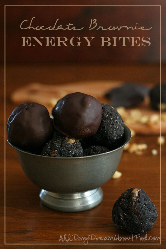 Low carb chocolate brownie energy bites that are easy to make and require no oven! These no bake, sugar-free and grain-free treats are full of healthy fats and protein.