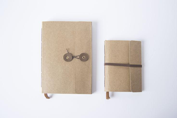 Los dos tamaños de agenda con las dos opciones de cierre.  www.ilovesundays.es