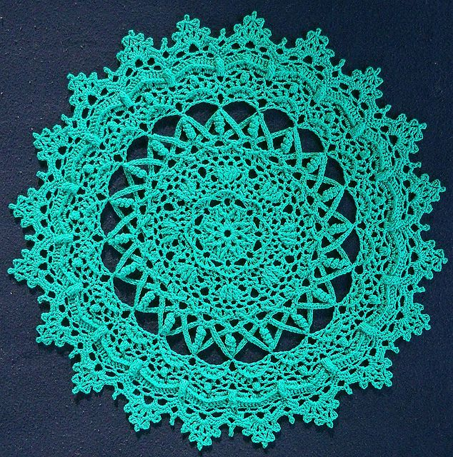 3543 Best Doilies And Furniture Scarves Images On Pinterest Crochet Doilies Carpets And