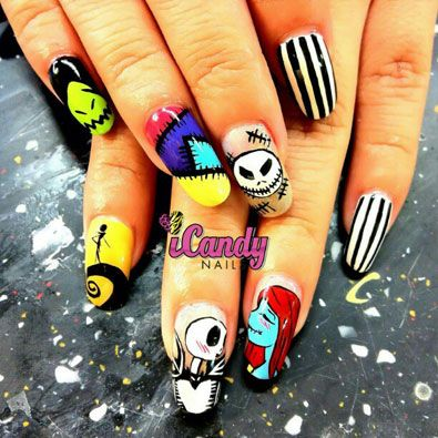 The Nightmare Before Christmas nails awesome I want this so bad !!