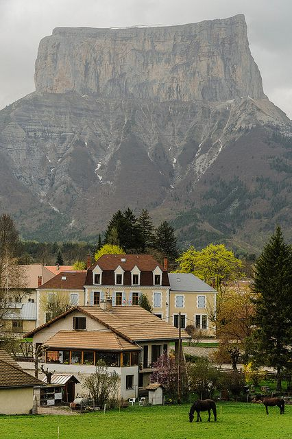 the village of Chichilianne and Mont Aiguille, Rhône-Alpes / France (by erwannf).