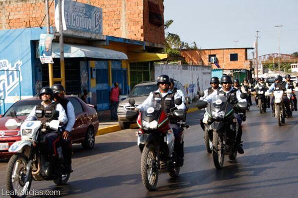 Polianzoátegui recuperó lote de uniformes de seguridad - http://www.leanoticias.com/2014/02/05/polianzoategui-recupero-lote-de-uniformes-de-seguridad/