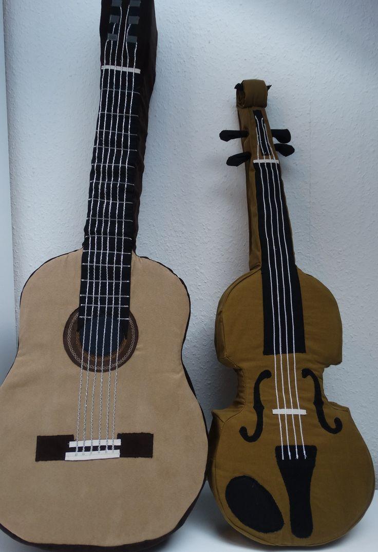 Gitarrenkissen und Violinkissen zu verkaufen