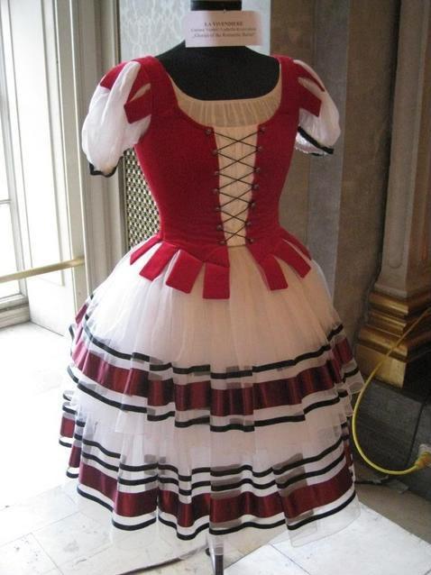 La Vivandiere....love the skirt