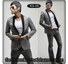 Slim Fit Korea Blazer IDR : Rp 270.000 Kode Produk : KS-09