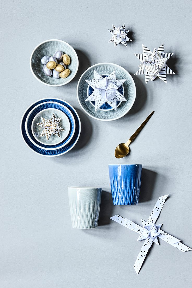 Stoneware bowls and mugs // Christmas gift idea // Explore this year's christmas collection in the new catalogue from Søstrene Grene