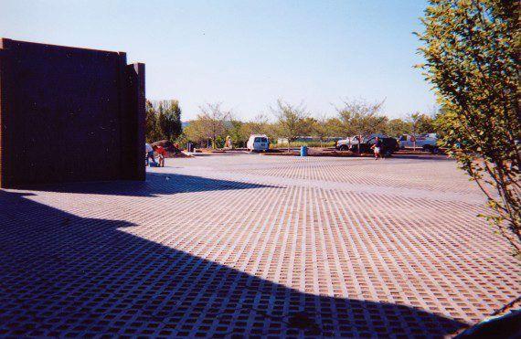 Unilock - Turfstone Industrial parking lot by Unilock
