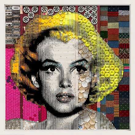 Renaud Delorme, Marilyn Monroe, 2011 / 2015 © www.lumas.de/ #Lumas - Inspired by Andy Warhol Renaud Delorme presents film icon Marilyn Monroe in a striking, graphic aesthetic – but with a contemporary twist: The images are made from discarded everyday items like cassettes, plastic toys, and tennis balls. Recycling becomes an artistic principle. The addition of a pressed acrylic glass overlay produces a unique, captivating effect. These pieces offer a playful reflection of the world around…