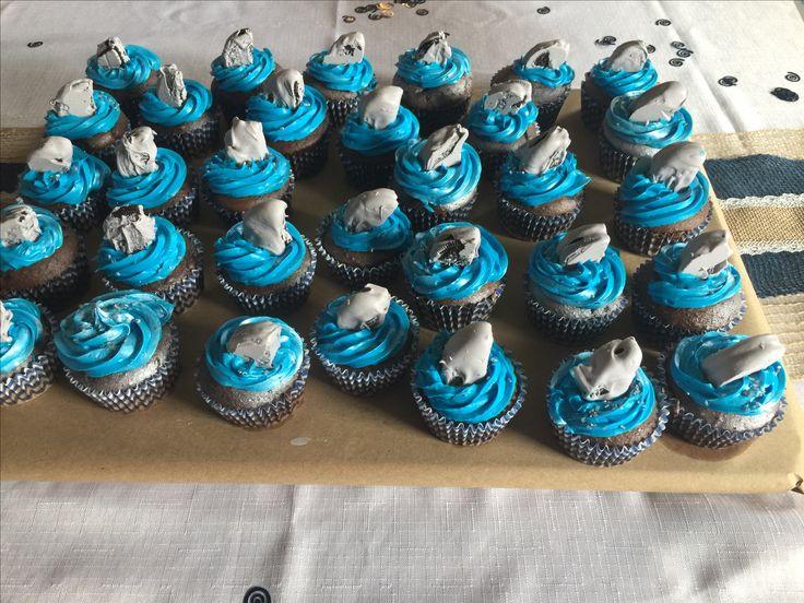Shark fin cupcakes, Oreo halves in grey chocolate