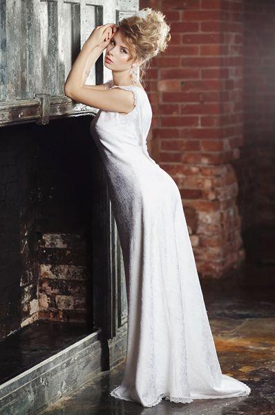 Богемная свадьба, богемное платье, бохо, прямое свадебное платье, образ невесты, открытая спина, вырез на спине, белое платье, дизайнерское платье, венчальное платье, прическа невесты, свадьба в москве, свадьба на бали, свадьба в доминикане