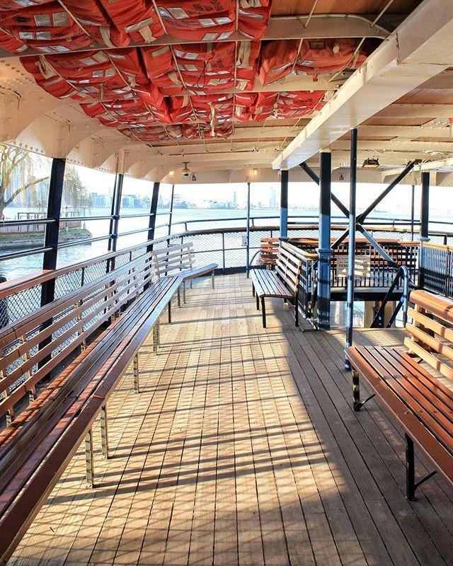 Toronto Island Ferries-05|04|2016● #explore#toronto #streetsoftoronto#trottermag #webstagram #hsdailyfeature #canoncanada#yyz#toronto_insta #whileiwasintoronto#island#beautifuldestinations#canonphotography #city#architecture#passionpasspor#igworldclub#tourism #travel#vsco #vscocam#canada #torontophoto #fearuremeinstagood#shoot2kill #hsdailyfeature #artofvisuals #torontoclicks #way2ill #justgoshoot #vscophile