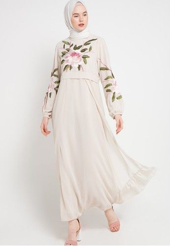 Gamis Bordir from Kamilaa by Itang Yunasz in white_1