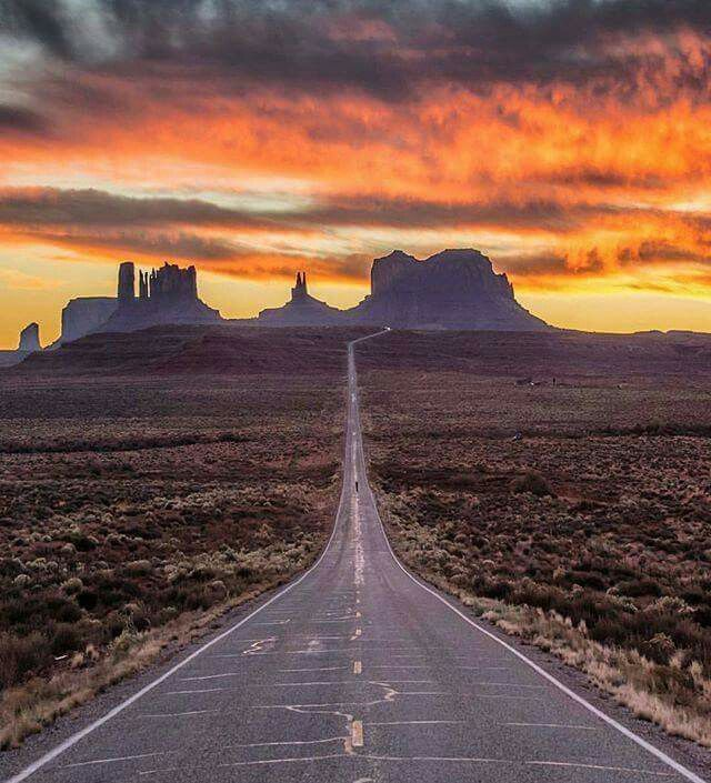 Monument Valley Arizona                                                                                                                                                                                 More