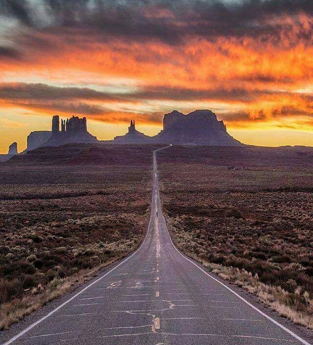 Monument Valley Arizona                                                                                                                                                                                 More