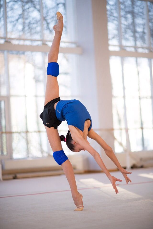 Daria Trubnikova Russia Backstage 2019 Gymnastics Workout Gymnastics Training Gymnastics Flexibility