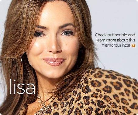 Host Lisa Robertsons Bio