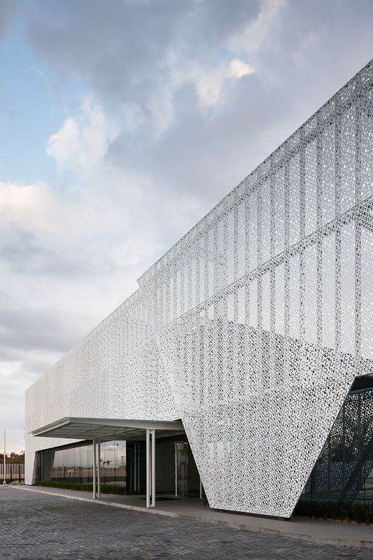 Panama Diamond Exchange / Mallol & Mallol Arquitectos   Plataforma Arquitectura