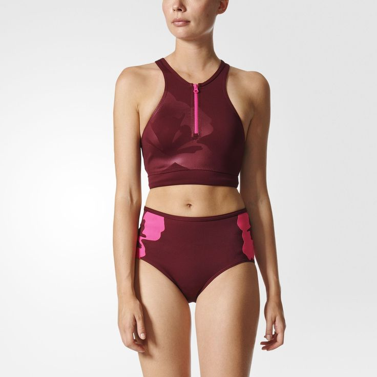 British designer Stella McCartney is known worldwide for her feminine forms and unfussy elegance. Her collaboration with adidas brings her signature style to the world of sport performance.  Created for surf, sun and stand-up paddleboarding, the adidas by Stella McCartney Floral Bikini Top has a sporty racer-back shape with a front zip. A signature Stella McCartney embossed floral graphic accents the front panel.