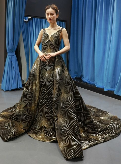 fe1afcdeca Black And Gold Sequins V-neck Backless Prom Dress With Train ...
