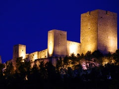 El castillo iluminado