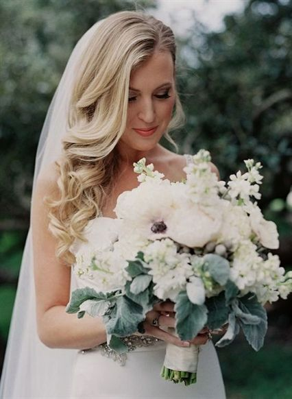 Side Swept Wedding Hairstyle For Long Hair With Veil #WeddingHairstyles