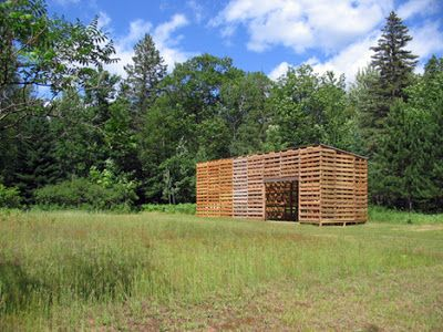 Cabina Costruito con pallet riciclati