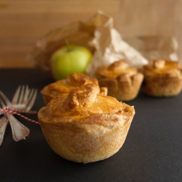 This is a great foolproof dough recipe; hot water crust pastry! A fall favourite with a delicious filling of sausage, apple and leek