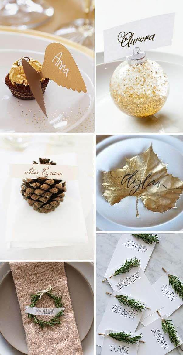 Christbaumkugeln und Tannenzapfen, goldene Schätzchen und Tannenzweige als Platzkartenhalter :)