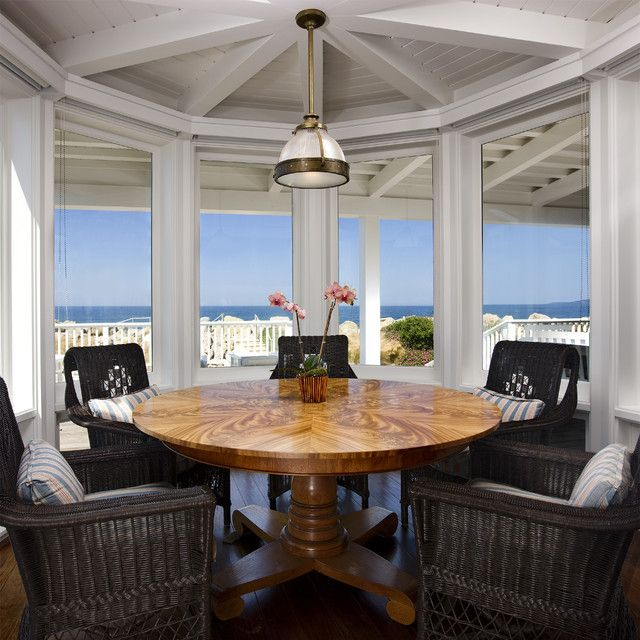 Traditional Beach House Round Dining Room