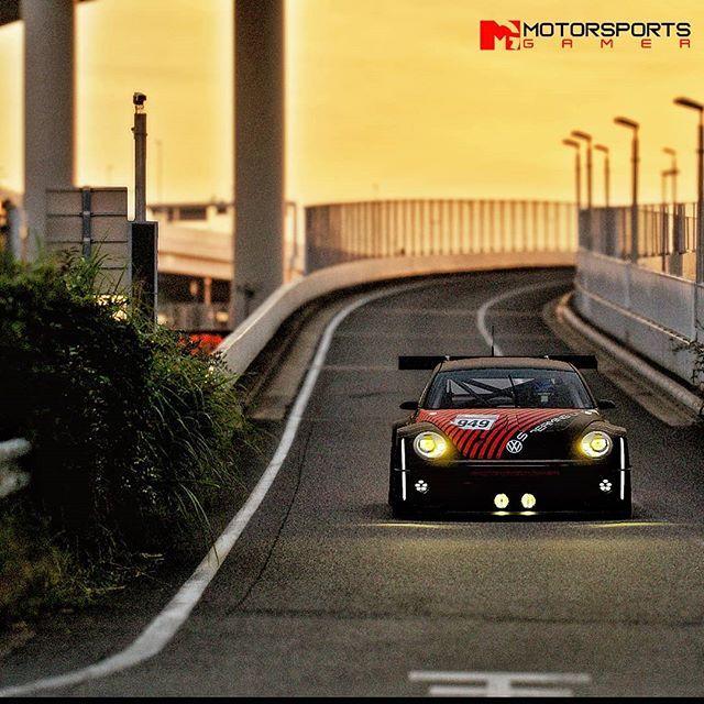 Sunset Cruise im 700 PS starken VW der Gruppe 3. Lassen Sie mich wissen, dass Sie es mögen und FOLGEN FÜR MO …  – Instagram @motorsportsgamer