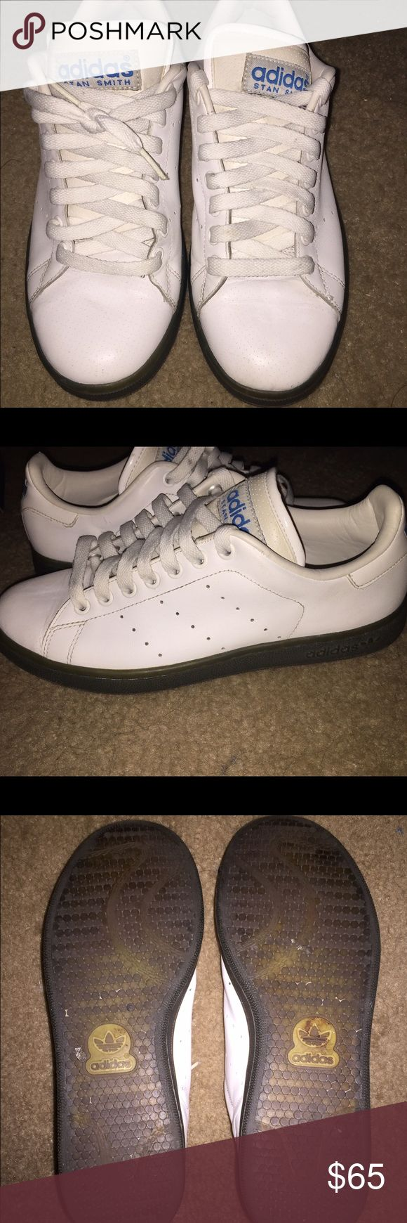 ADIDAS White Stan Smith Grey bottom  Size 8.5 Men Great Condition Bubble Gum Sole in Grey with Blue stitching Rare Sneaker Size Men 8.5 and Women 10.5 adidas Shoes Athletic Shoes