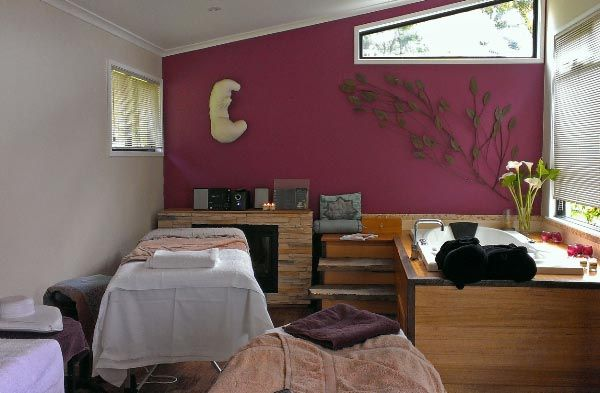 #WIN a special couples package at Hidden Cove Day Spa, Tinderbox (only 25 mins from central #Hobart in #Tasmania). #Massage #DaySpa #Champagne #CheesePlatter #Competition article and photo for www.think-tasmania.com