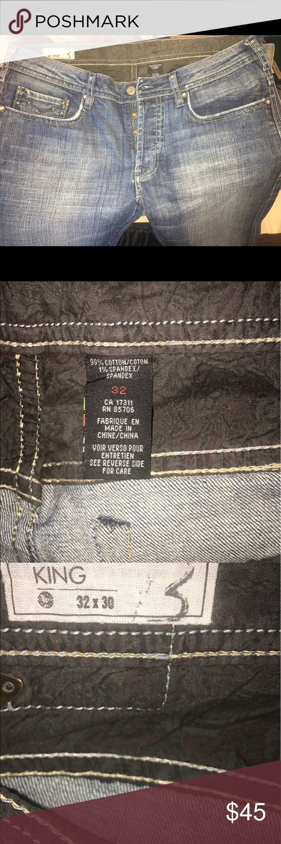 Buffalo Jeans for men size 32 X 30 Skim boot style King. Sits low on the waist. Slim through hip and thigh. Subtle bootcut leg opening. Buffalo David Bitton Jeans Slim