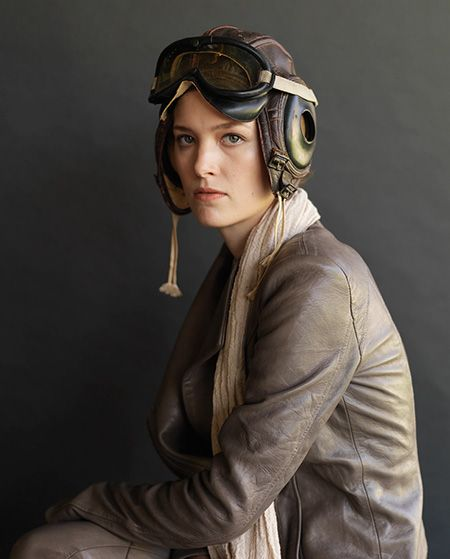 amelia earhart halloween costume - totally doing this sometime since I already have access to the leather flying cap and goggles!