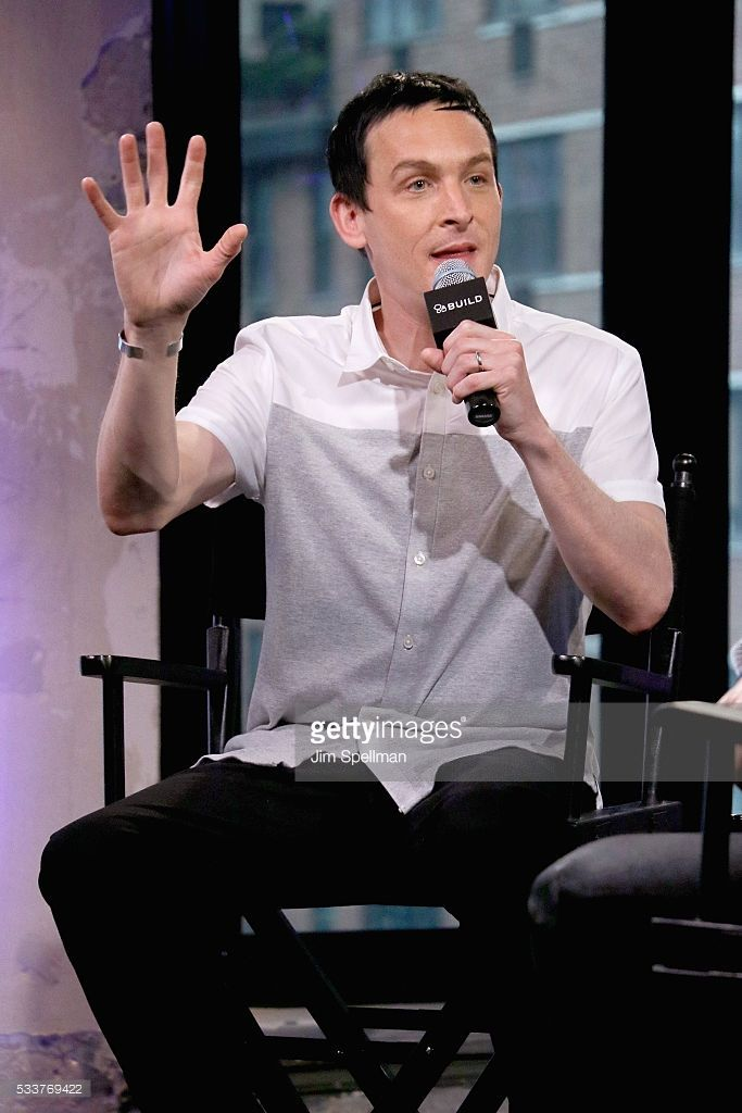 Actor Robin Lord Taylor (L) attends AOL Build Presents: Robin Lord Taylor Of 'Gotham' at AOL Studios on May 23, 2016 in New York City.